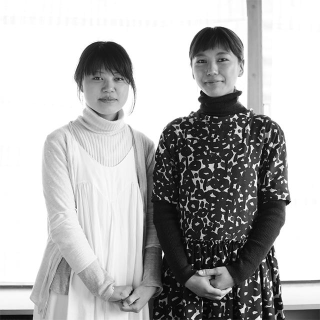 杉山早陽子さん(左) 内田美奈子さん(左)