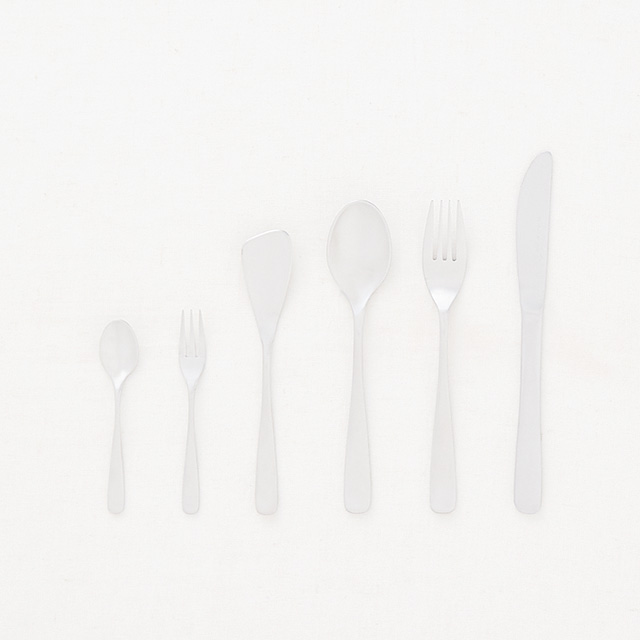 ​DOORS LIVING PRODUCTS silver cutlery