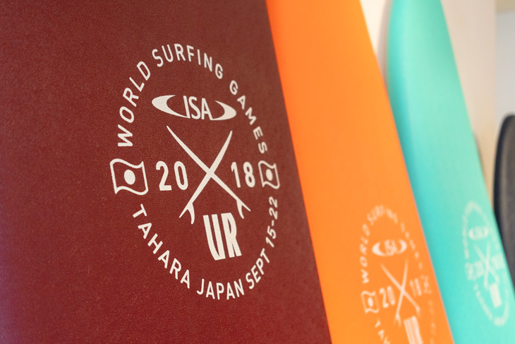 """2018 URBAN RESEARCH <br />ISA WORLD SURFING GAMES""<br />大会記念ソフトボードがメインスポンサーであるアーバンリサーチより発売!"
