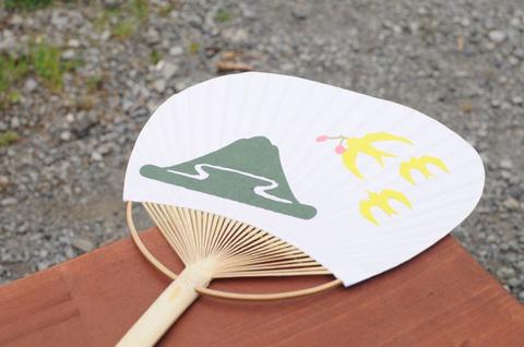 【7月20・21日開催】<br />梅田ゆかた祭 うちわ作りワークショップ at うめきた広場